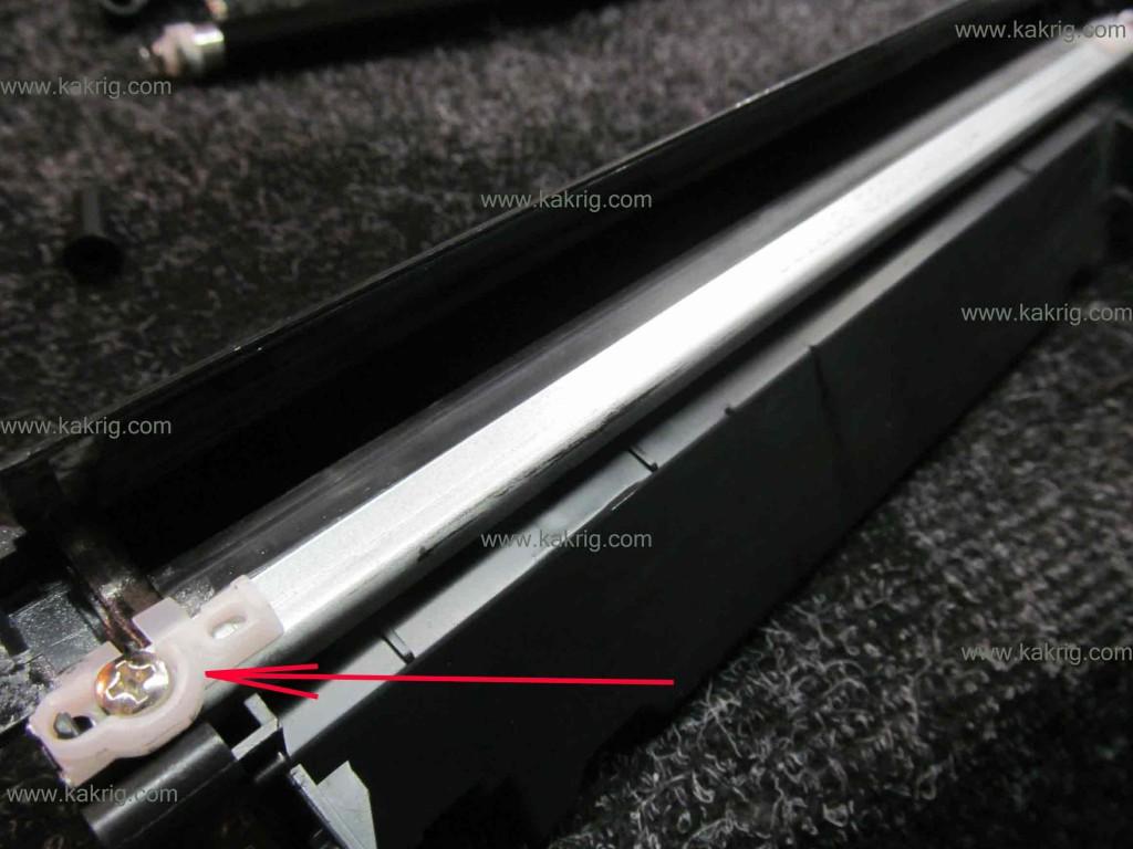 hp 8153 печатает с одним картриджем: